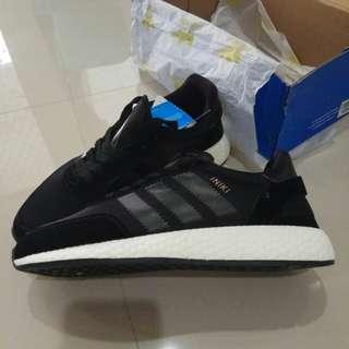 Adidas Iniki Runner - Black White