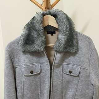 毛茸短版灰夾克