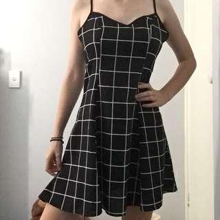 Black & White Dress - Size 6