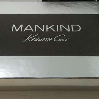Kenneth cole mankind gift set.