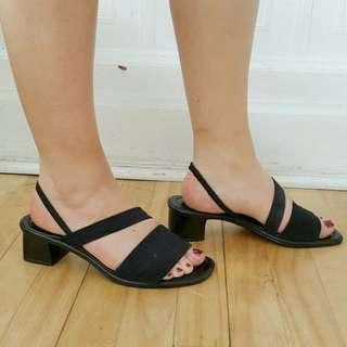 ✨VINTAGE✨Strappy slingback sandals