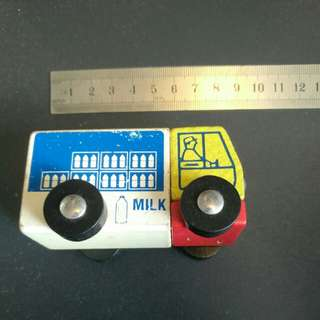 Early Learning Centre Milk Cart 英國名牌ELC 牛奶車