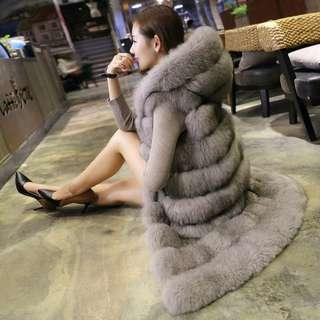 狐狸毛背心大衣