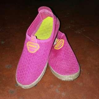 Pink slip-on