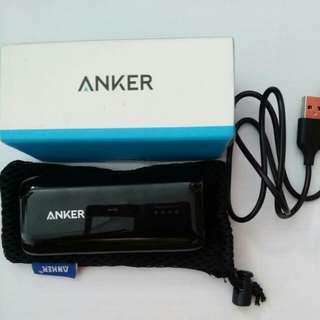 Anker power bank