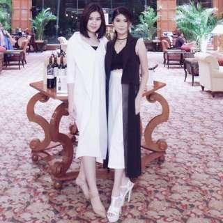 Sachiclothing White V Dress