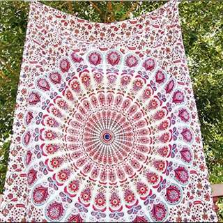 Mandala Tapestry w/ Pillowcases (Queen Size)