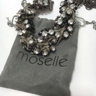 Black chain necklace moselle