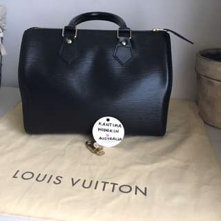 Authentic pre-owned Louis Vuitton Speedy 25 Black EPI