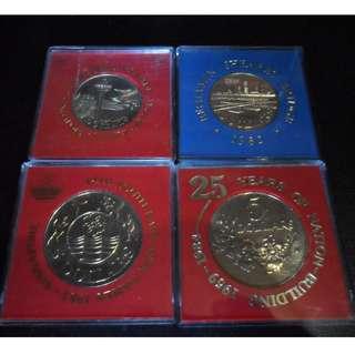 1981-1984 Unc $5 coin Singapore (lot of 4pcs )