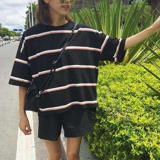 🚚 寬鬆顯瘦圓領T-shirt棉打底衫女學生條紋短袖學院風休閒上衣(二手)
