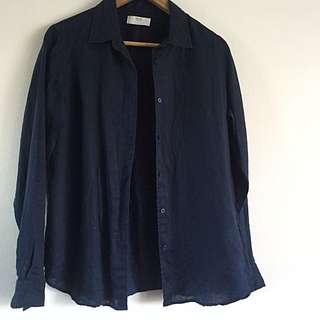 Navy Uniqlo linen shirt in size 14