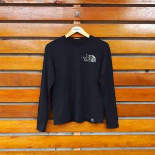 THE NORTH FACE LONGSLEEVE