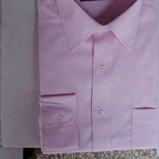 🚚 男韓版時尚修身防皺粉斜紋襯衫有淺水藍白色三個顏色S~XL歡迎訂購