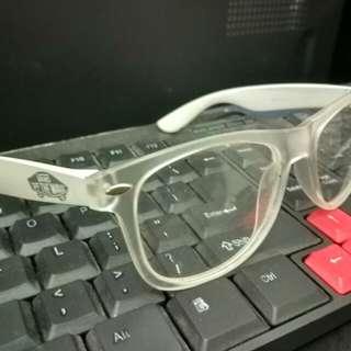 Kacamata vans putih, original