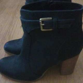 Midas Ankle Boots size 8.5/39 Leather