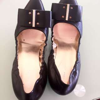 Nine west flat point shoes
