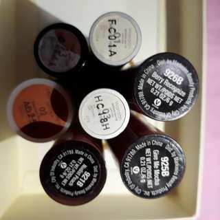 Lipstik dan Lip Cream Mate  (satu satu ya)