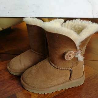 Ugg Boots - Bailey Button