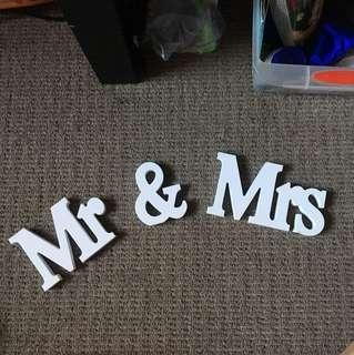 Wedding display mr & mrs