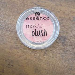 Essence Mosaic Blush All You Need is Pink