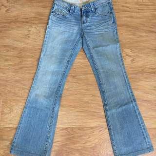 🚚 #兩百元丹寧_IBS 經典🌈小喇叭牛仔褲27