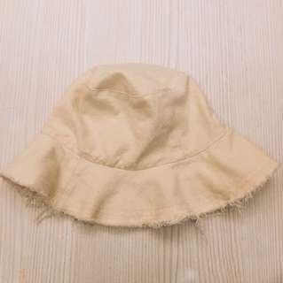 米白漁夫帽
