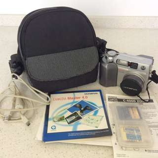 Olympus Comedia C-4000 4MP Digital Camera