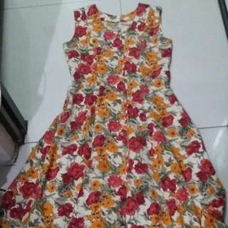 Classic Floral Dress For OOTD's