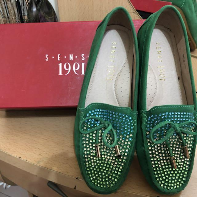 1991百貨專櫃全真皮翠綠休閒懶人鞋