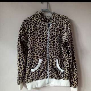 Jaket leopard