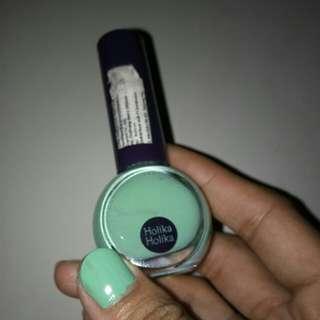 Holika holika nail polish warna hijau tosca
