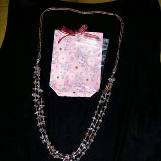 Beaded neckace with fashion crystals