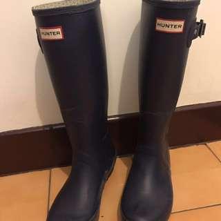 潮濕救星 HUNTER 黑色長雨靴