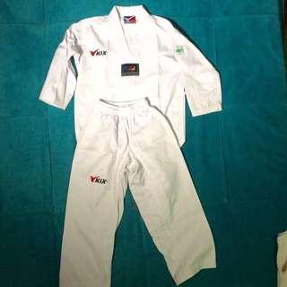 Taekwondo Uniform (small)