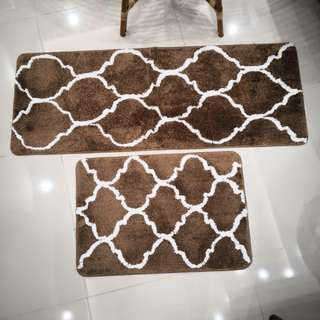 READY STOCKS: Free delivery 🚚 / floor mat /rug