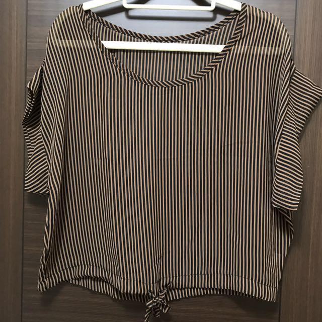 咖黑條紋短版雪紡上衣