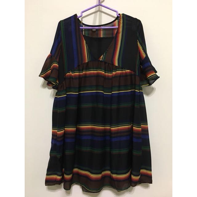 彩虹條紋🌈喇叭袖荷葉邊顯瘦洋裝