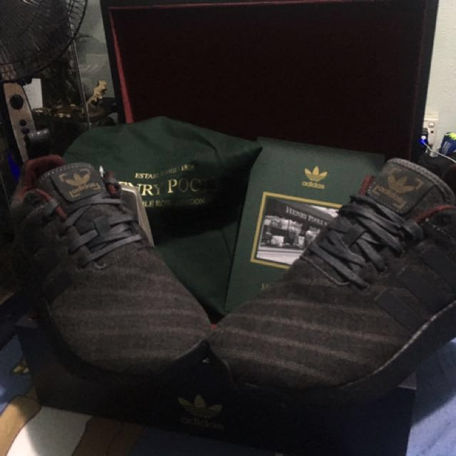 huge selection of 7967a 35fb1 Adidas NMD R2 Henry Poole (limited Edition)
