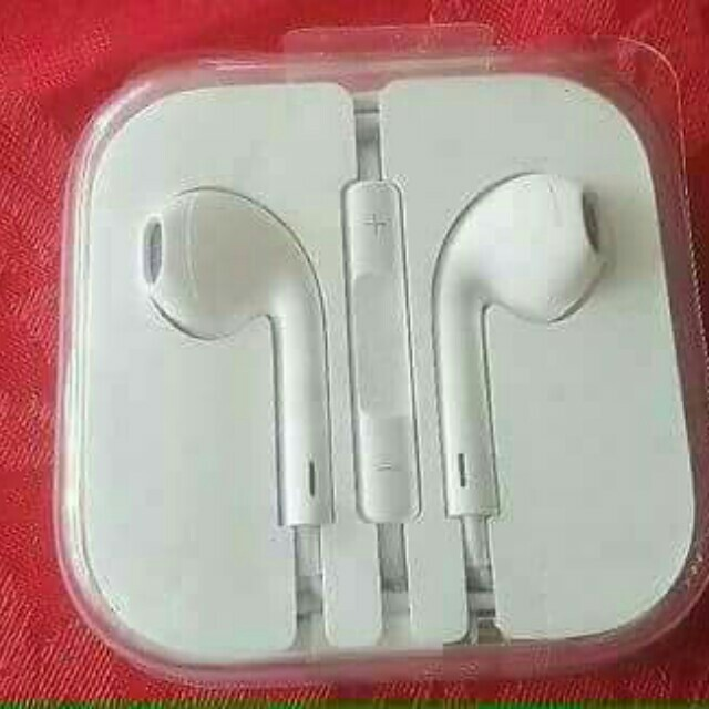 Apple earpods and lightning cable with serial number