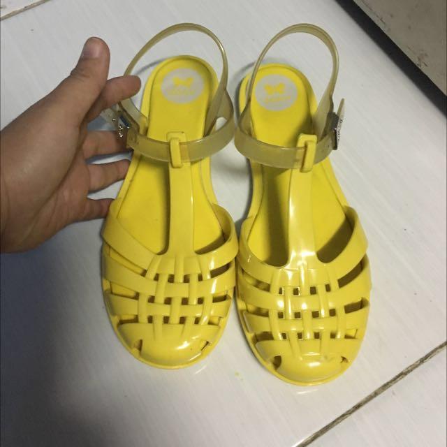 Authentic Zaxy Sandals size 5