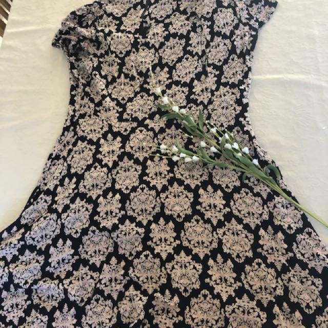 Beautiful Caroline Morgan dress size 16/18