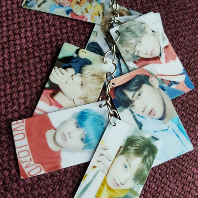 BTS ~ LOVE YOURSELF PHOTO KEYCHAIN ~ READY STOCK