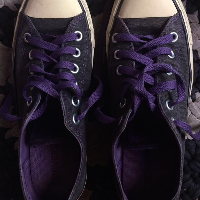 Converse Black Purple