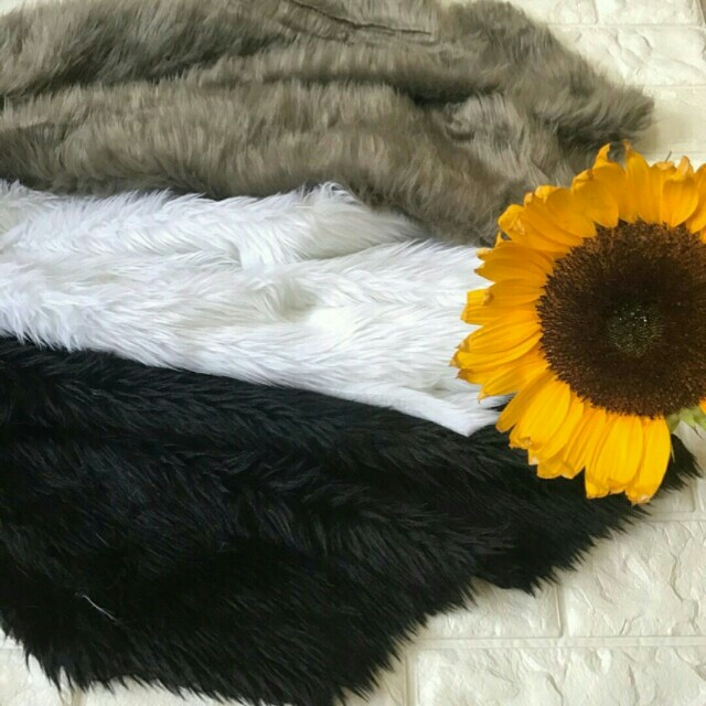 Free (1) Fairy Lights : 5meters for every purchase of (1) YARD FAUX FUR!