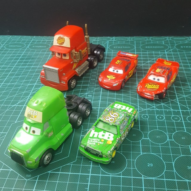 Hasbro Cars Lot