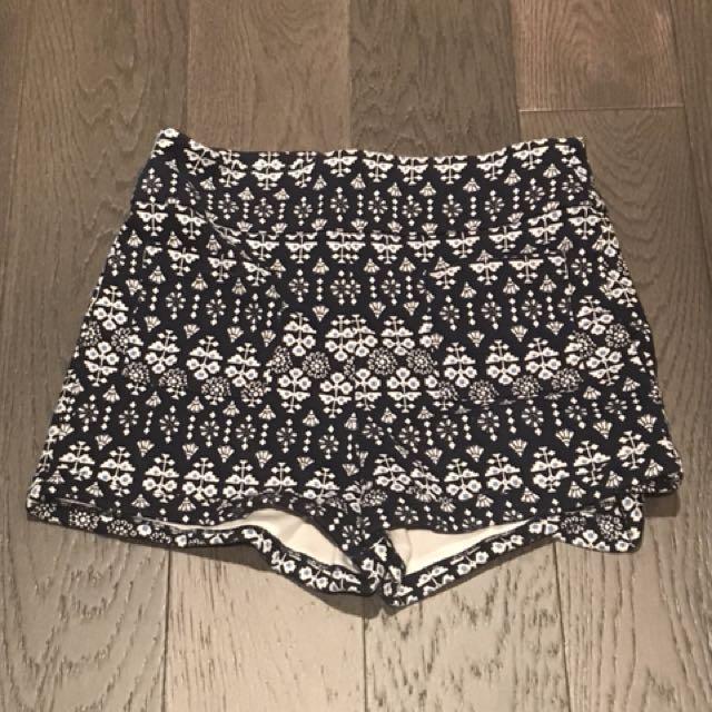 Hollister Pattern Shorts