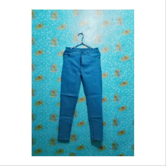 Hw Jeans Punny