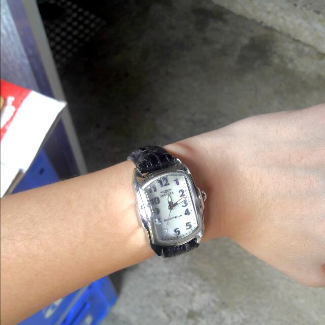 (RP) INVICTA LEATHER WATCH FOR LADIES (Authentic)