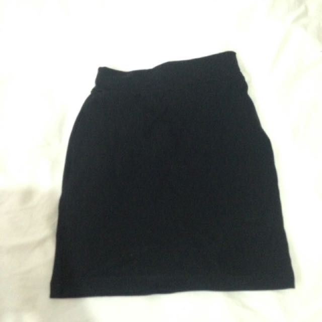 Jellybean black skirt